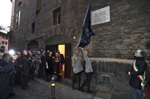 Maserati_dedica della targa commemorativa 100 anni_Via Pepoli 1A_Bologna